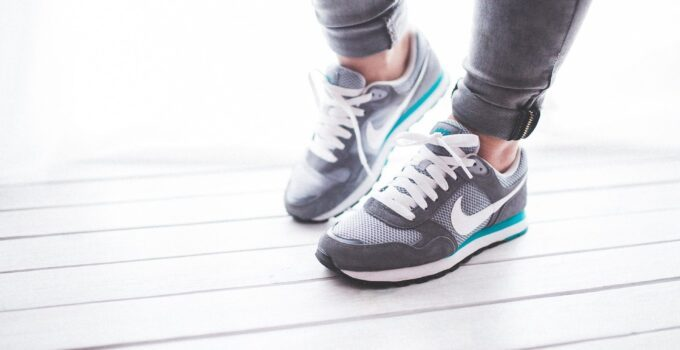 Best walking shoes for nurses